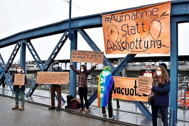 Freiburger Gruppen fordern Aufnahme von Flüchtlingen