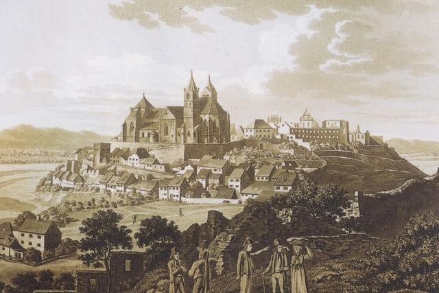 Das Münster befindet sich auf der Aussichtsterrasse über dem Rhein
