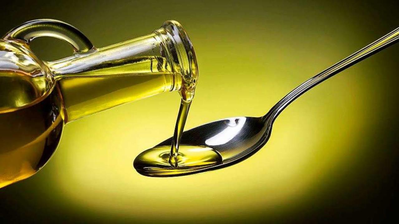 Olivenöl-Etiketten täuschen oft eine falsche Qualität vor    Foto: ©popout  (stock.adobe.com)