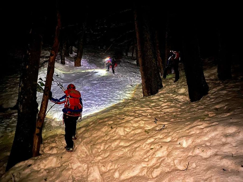Die Bergwacht fand die Frau nach einem langen Einsatz in schwierigen Gelände.    Foto: Bergwacht Schwarzwald