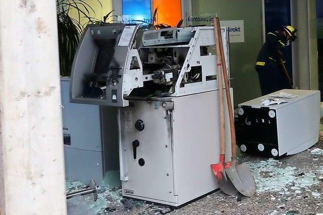 Keine Beute nach Sprengung an Geldautomat in Ihringen