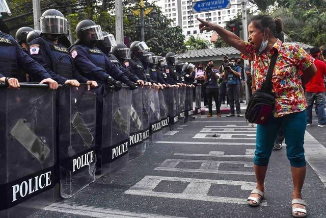 Maas verurteilt Militärputsch in Myanmar