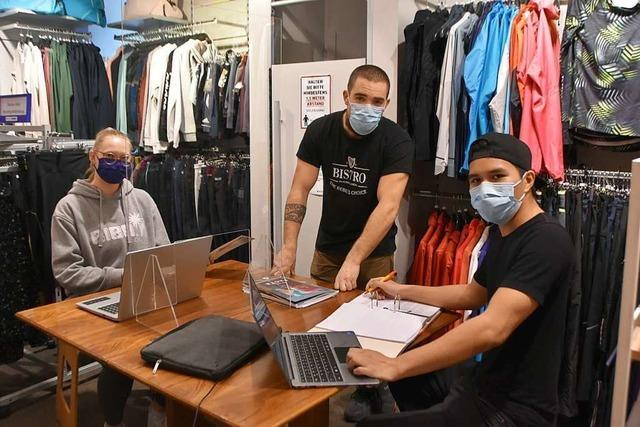 Auszubildende im Einzelhandel befinden sich in einer ungewöhnlichen Situation