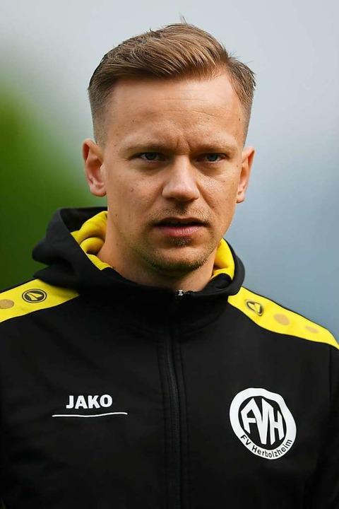 Trainer Sascha Schröder ist überzeugt,...nach der laufenden Runde gut tun wird.  | Foto: Patrick Seeger