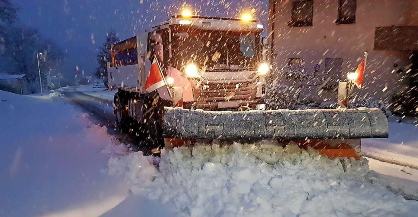 Voller Einsatz beim Schneeräumen in Laufenburg     Foto: Technische Dienste Laufenburg