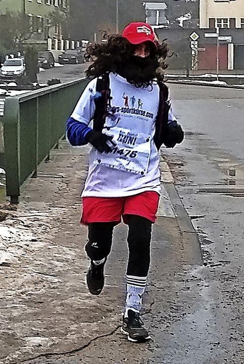 Andreas Apruzzese aus Stühlingen brach... schaffte es,  61 Kilometer zu laufen.  | Foto: suedkurier