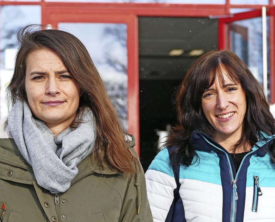 Sie sind für die Schulsozialarbeit am ...um) sowie Marina Nägele (Grundschule).  | Foto: Stefan Limberger-Andris