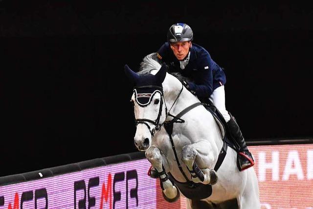 Springreiter Hans-Dieter Dreher harmoniert mit seinem neuen Pferd