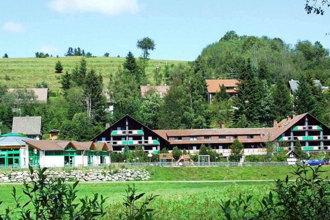 Das Haus Ursee in Lenzkirch nimmt nächste Woche den Betrieb wieder auf.    Foto: Martin Wunderle