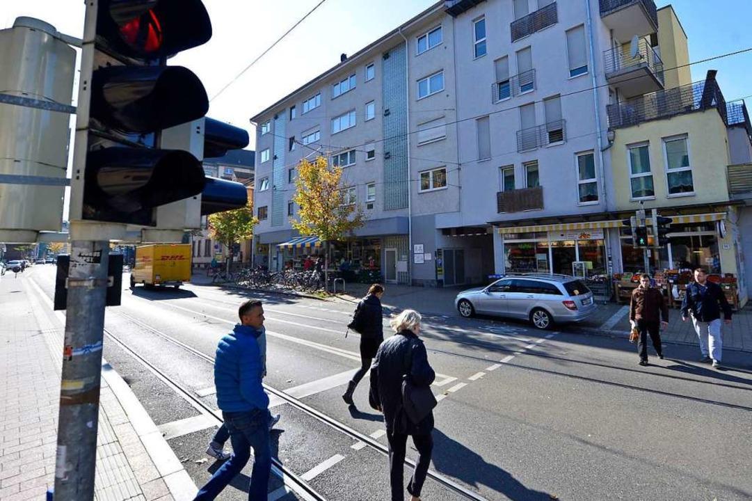 An der Kreuzung Habsburgerstraße/Haupt...ßgängerin gefährdet haben. Archivbild.  | Foto: Michael Bamberger