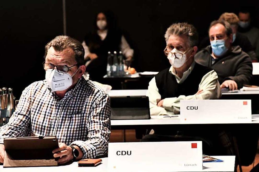 Nur noch in den hinteren Reihen:  Bern...eratssitzung in der vergangenen Woche.  | Foto: Barbara Ruda