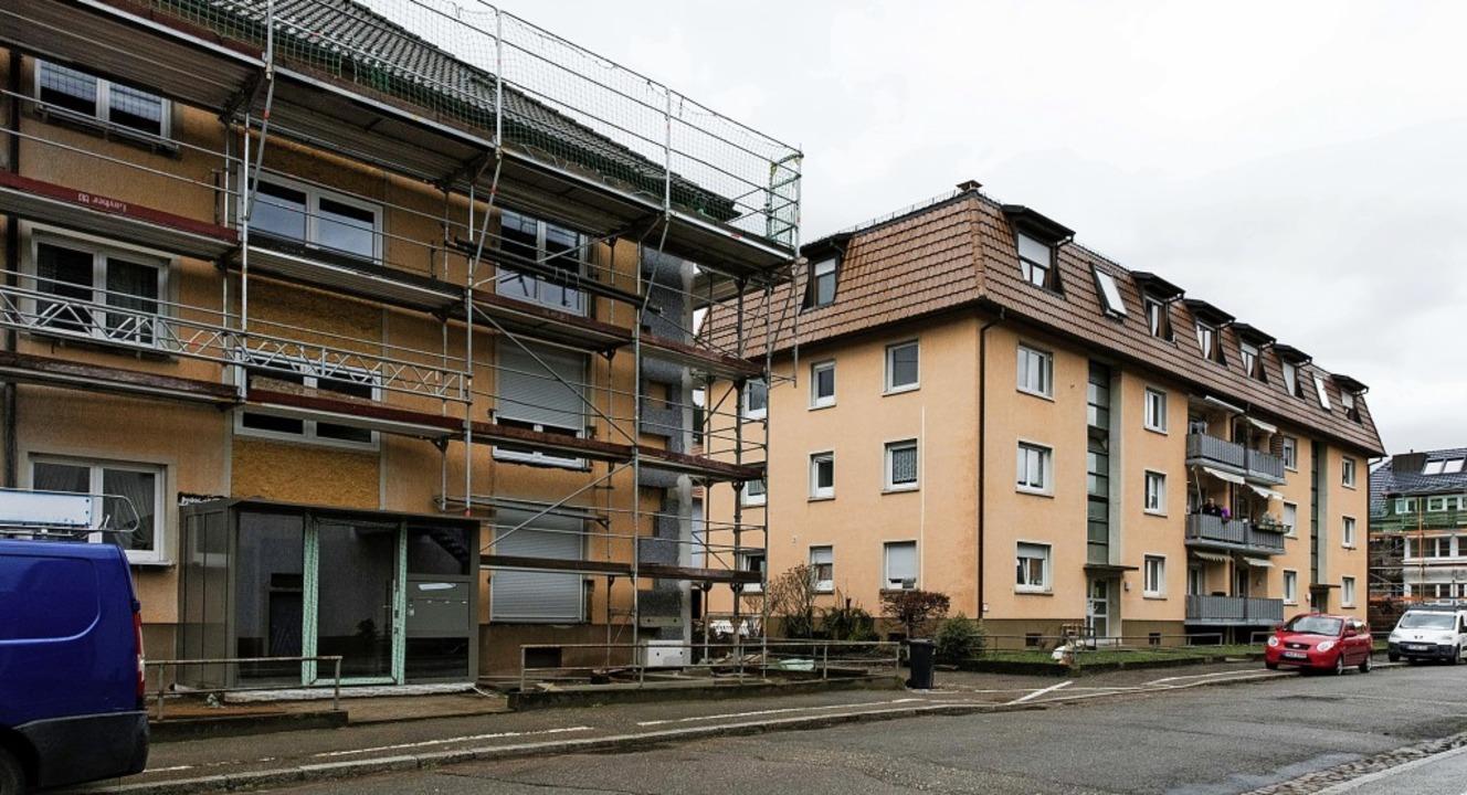 Die Wohnungswirtschaft saniert in der ...rechts) soll dieses Jahr noch folgen.   | Foto: Gabriele Zahn