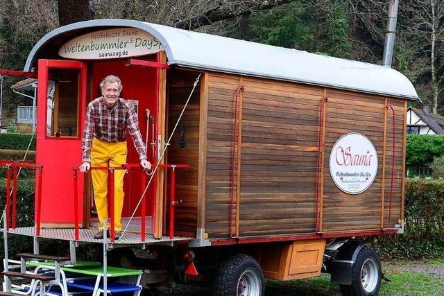 Freiburger macht coronakonformes Saunieren möglich – in historischem Wagen