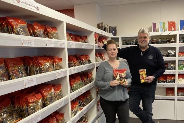 Lakritz statt Laos: Rheinfelder Reisebüro verkauft Gummibärchen