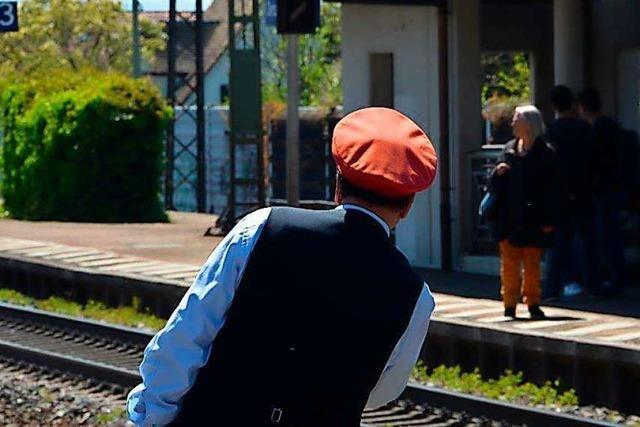 Ärger um falsche Zuganzeige am Denzlinger Bahnhof