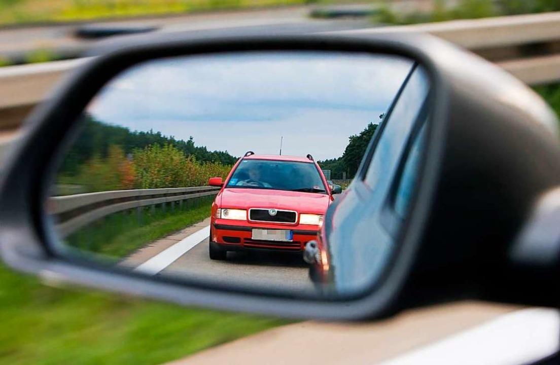 Auf der Autobahn ist zu geringer Absta...r Unfälle verantwortlich (Symbolbild).  | Foto: Patrick Pleul