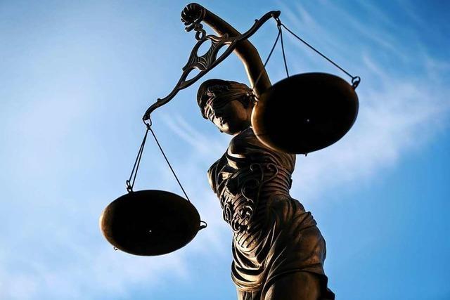 Angeklagter soll Joggerinnen belästigt und sexuell genötigt haben