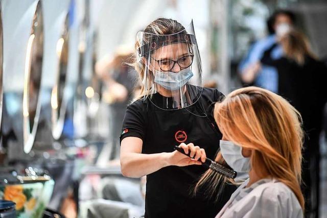 Seehofer für Öffnung der Friseursalons – weil der Schwarzmarkt boomt
