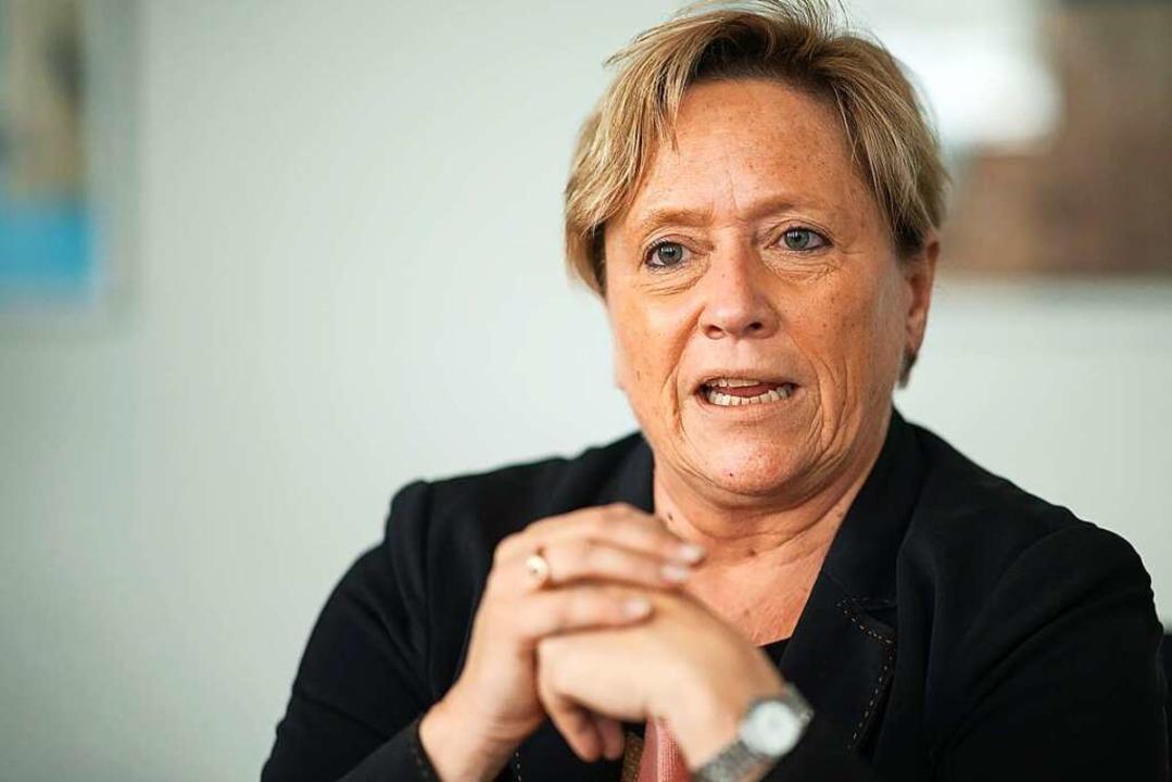 CDU-Spitzenkandidatin und Kultusminist...ich gute Chancen bei der Landtagswahl.  | Foto: Sebastian Gollnow (dpa)