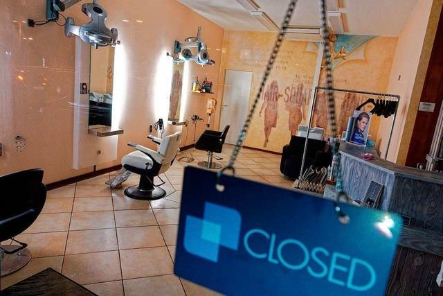 Friseure in Baden-Württemberg dringen auf Salonöffnungen