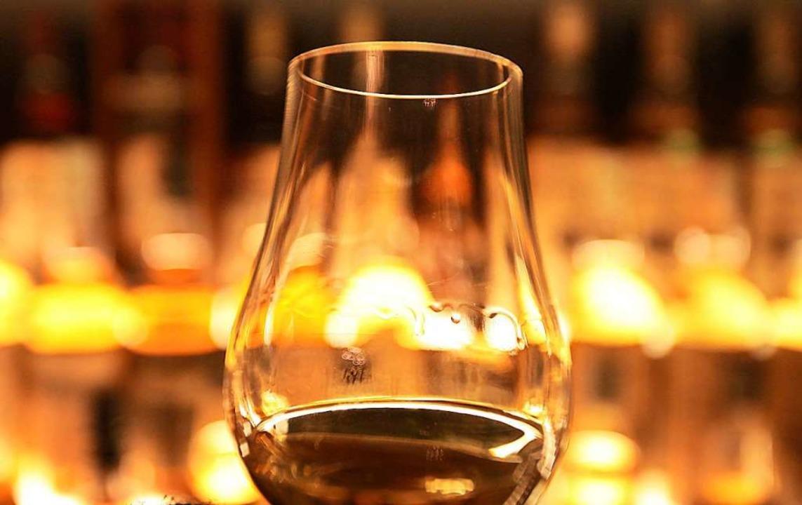 Wie Whiskey wird der Bierbrand mit wei...rspricht der Europa-Park (Symbolbild).  | Foto: David Cheskin (dpa)