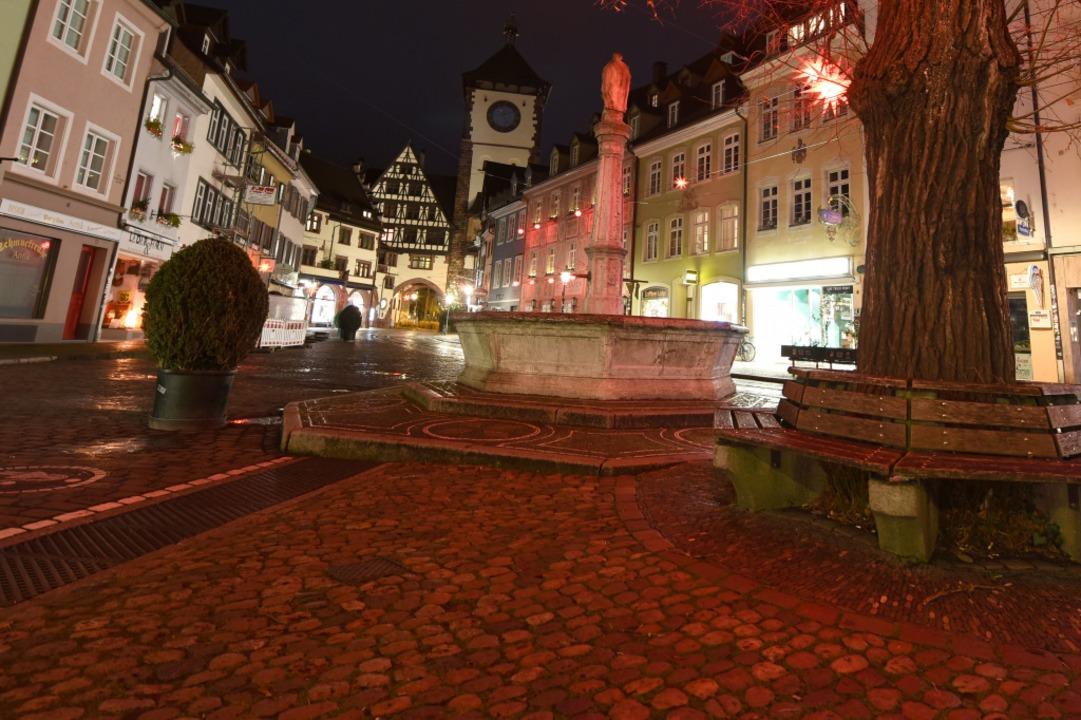 Leergefegte nächtliche Straßen wie hie...tsentscheidung aber keine Veränderung.  | Foto: Rita Eggstein