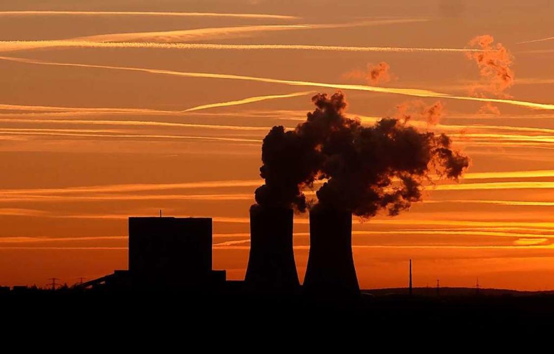 Kohlekraftwerke sind schlecht fürs Klima.  | Foto: Sebastian Willnow