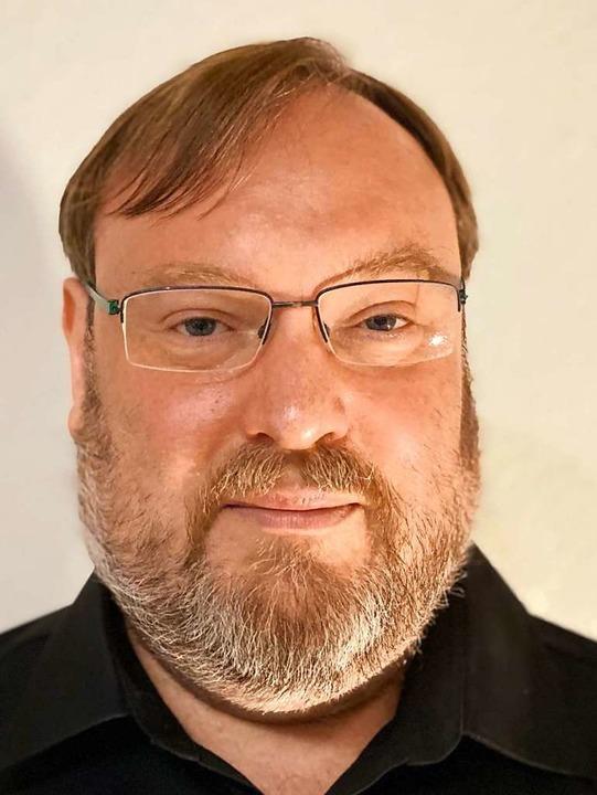 Hartmut Schwäbl kandidiert für das Bürgermeisteramt der Gemeinde Utzenfeld.  | Foto: Martin Klabund