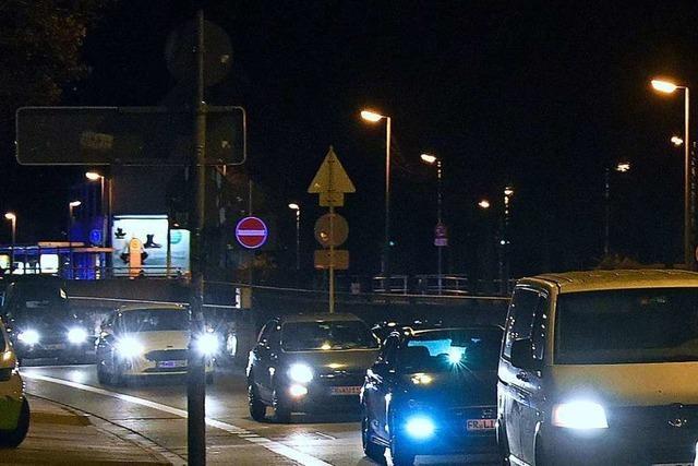 Polizei sucht nach Freiburger Autokorso Zeugen für Angriffe und Geschädigte