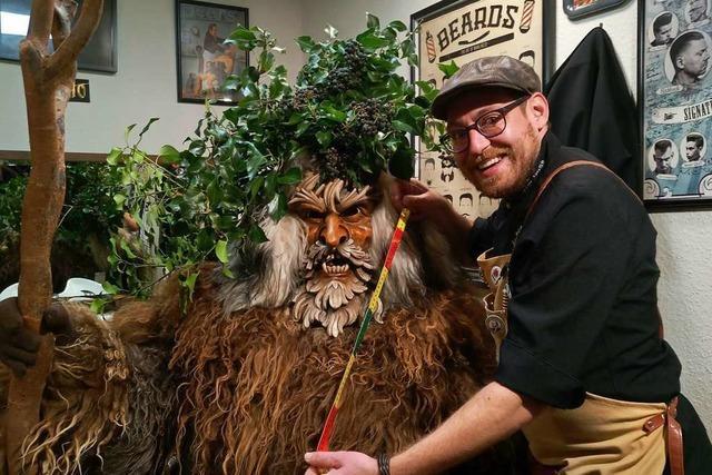 Waldkircher Barbier sucht den längsten Bart im Elztal