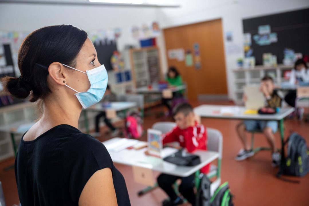 Öffnen Grundschulen bald wieder?  | Foto: Sebastian Gollnow (dpa)