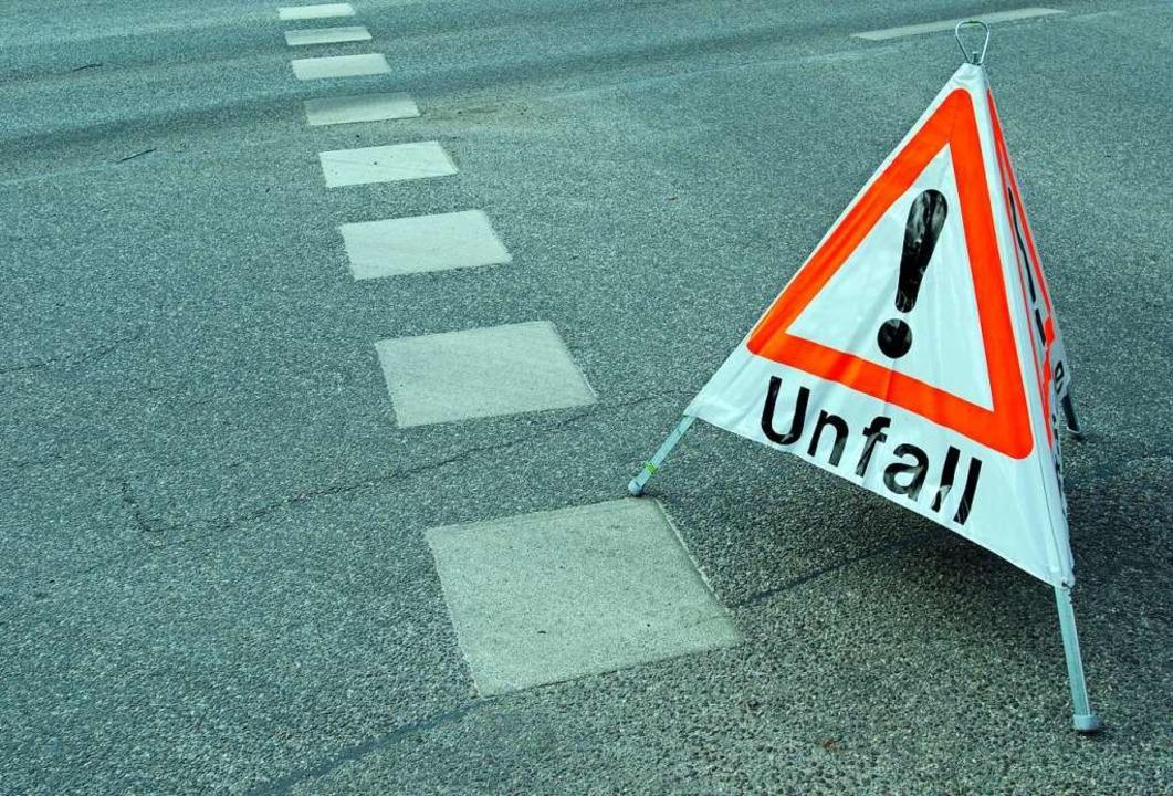 Auf einem Firmengelände in Merdingen gab es einen Unfall mit einem Sattelzug.  | Foto: ©Ralf Gosch  (stock.adobe.com)
