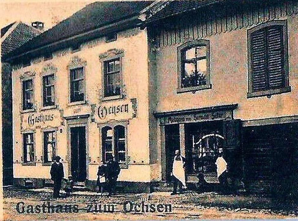 Das Gasthaus zum Ochsen (Ansicht um 19...rt lang eine gut besuchte Wirtschaft.     Foto: Ernst Brugger