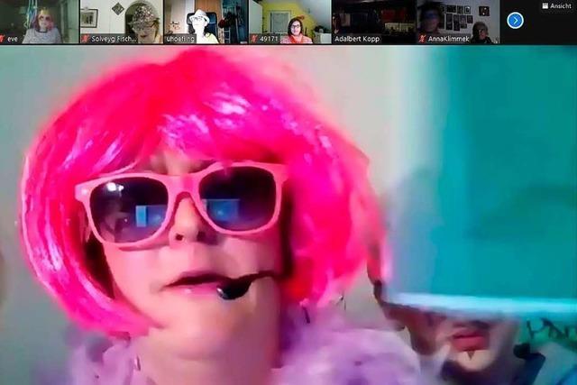 Das Internet als Partymeile: Hecklinger Narren feiern live