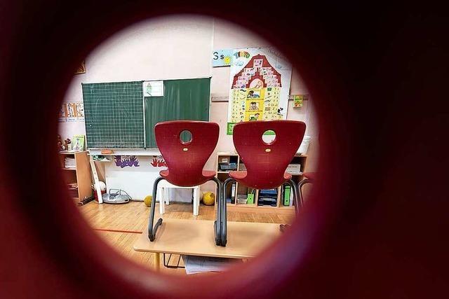 Feste Gruppen und Wechselunterricht: Wie geht es weiter mit Schulen und Kitas?