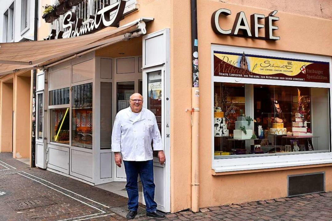 Hütet die bewährte Tradition im Café Schmidt: Konditormeister Karl Guth.    Foto: Thomas Kunz