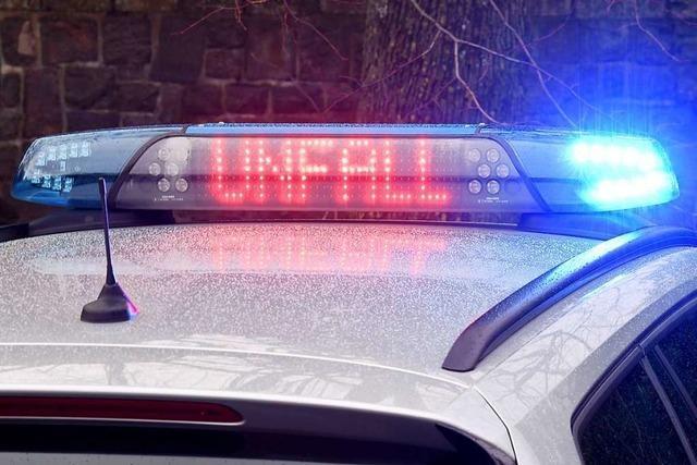 In Neuenburg wurde ein Fußgänger von einem Auto angefahren, der Fahrer fuhr davon