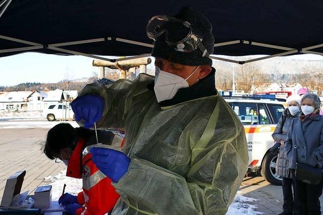 DRK Kreisverband Säckingen testet im Brennet-Park auf Corona