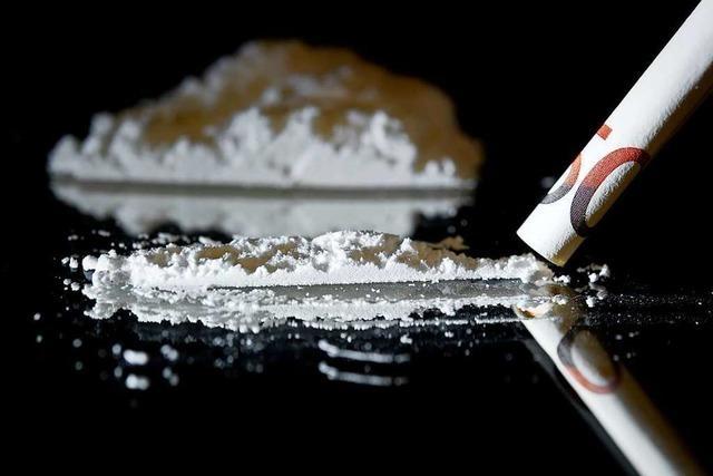 Drogenhandel: Staatsanwältin glaubt verdecktem Ermittler, Verteidiger empört