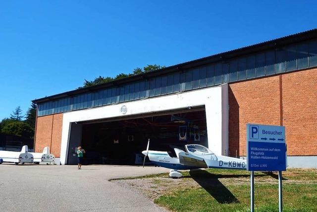 Landwirte sträubten sich gegen den Bau der Flugzeughalle in Hütten