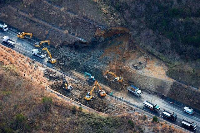 Starkes Beben vor Fukushima erinnert Japaner an 3/11