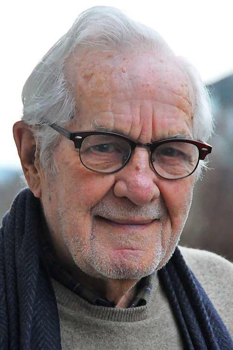Kurt Zumkeller geht mit seinen 93 Jahren auch noch selbst einkaufen.    Foto: Daniel Gramespacher