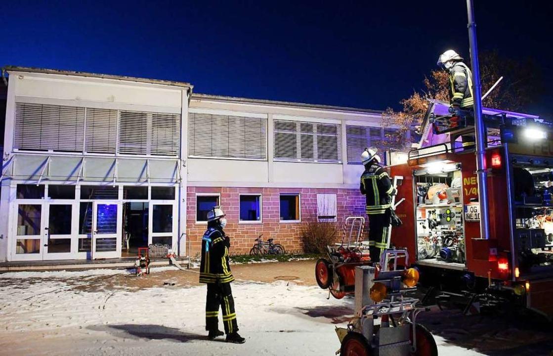 Atemschutzträger waren am Samstag in Dundenheim im Einsatz.    Foto: Wolfgang Künstle