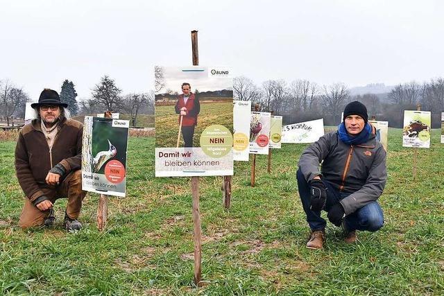 Naturschützer starten einen Plakat-Protest gegen Gundelfinger Baugebiet
