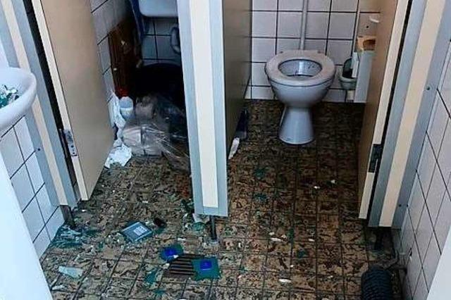 Vandalismus in öffentlicher Toilette in Günterstal