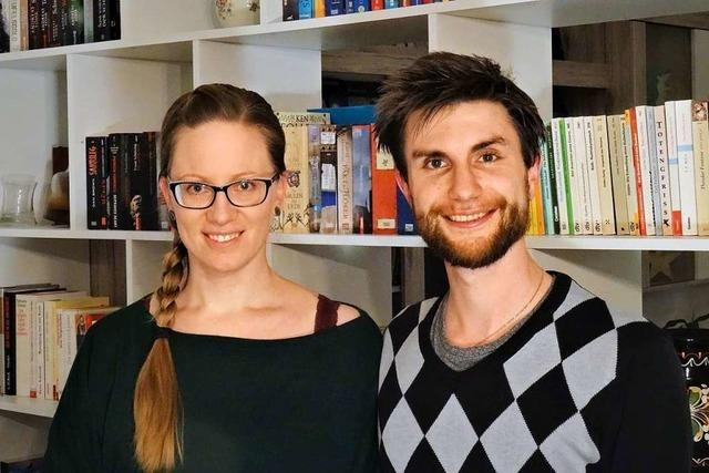 Zwei Elzacher schreiben einen Krimi, der an der Fasnet in Elzach spielt