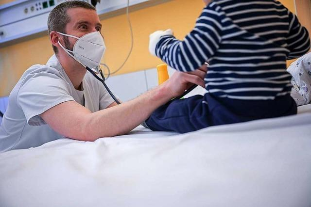 Angst, Auflagen und Verzicht - Kinder wegen Corona seltener in Klinik