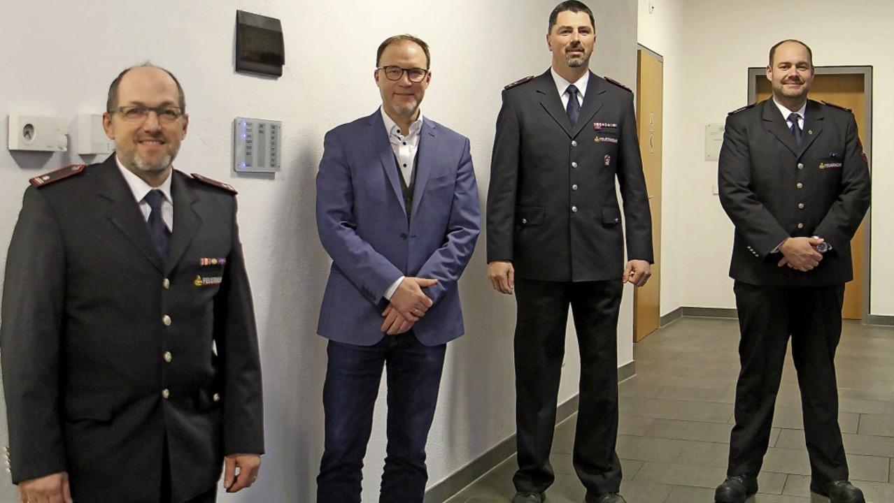Die neue Führung der Feuerwehr Riegel ...ter Michael Meier und Frank Seebacher.  | Foto: Ruth Seitz