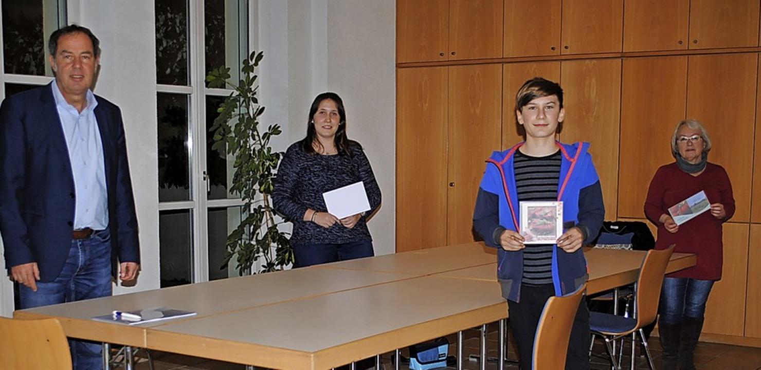 <BZ-FotoAnlauf>In Binzen</BZ-FotoAnlau...mon Braun und Margot Zaha  Gutscheine.    Foto: Privat