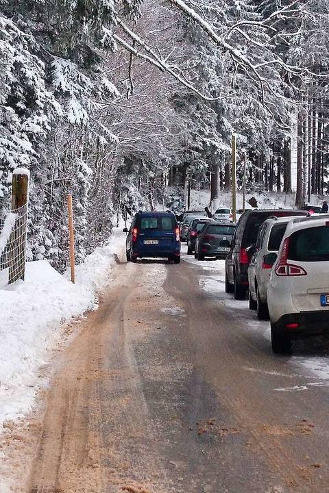 An vielen Stellen kommen keine zwei Autos aneinander vorbei.  | Foto: Privat